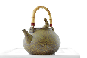 Speckled Yellow Glazed Round Kettle With Bamboo Handle