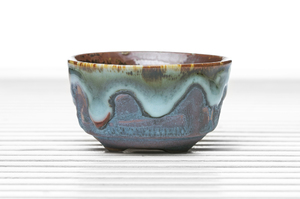 Roundish Three-Legged Tea Bowl  With Blue Drip And Maroon Glaze